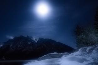 Minnewanka Moon